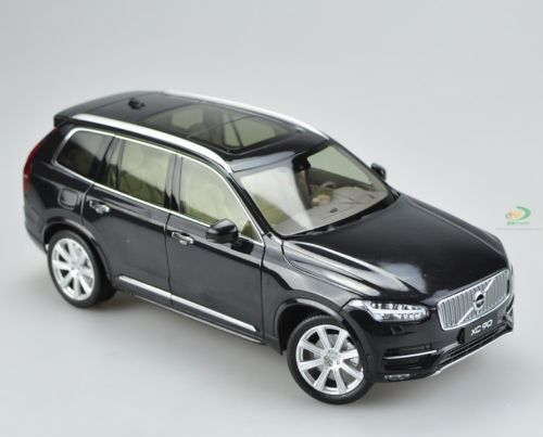 Модель 1:18 Volvo XC90 (SP2) - black