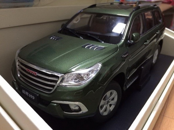 Модель 1:18 Great Wall Haval H9 - green