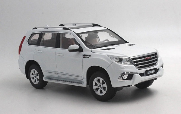 Модель 1:18 Great Wall Haval H9 - white