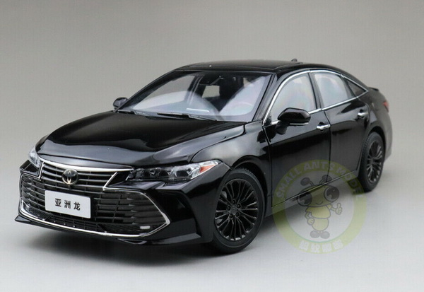 Модель 1:18 Toyota Avalon 2019 - Black