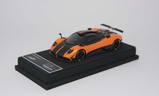 Модель 1:43 Pagani Zonda 5 Cinque - orange/black carbon