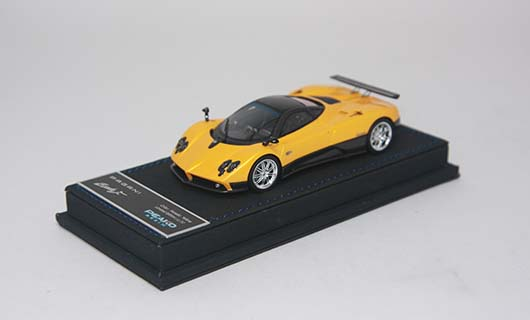 Модель 1:43 Pagani Zonda F - yellow/black carbon