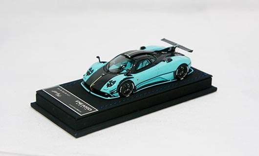 Модель 1:43 Pagani Zonda 760 RSJX - light blue carbon