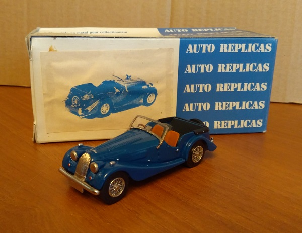 Модель 1:43 Morgan Plus Four - Blue