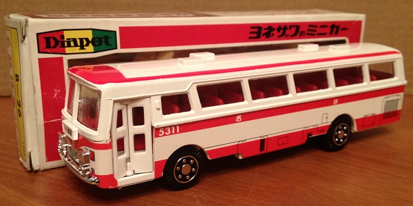 Модель 1:60 Mitsubishi Fuso Bus - white/red