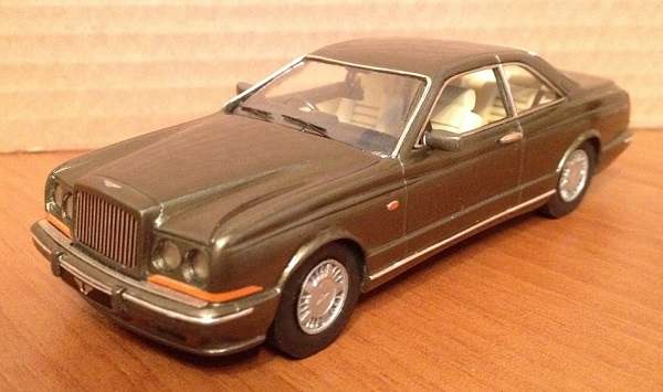 Модель 1:43 Bentley Continental R