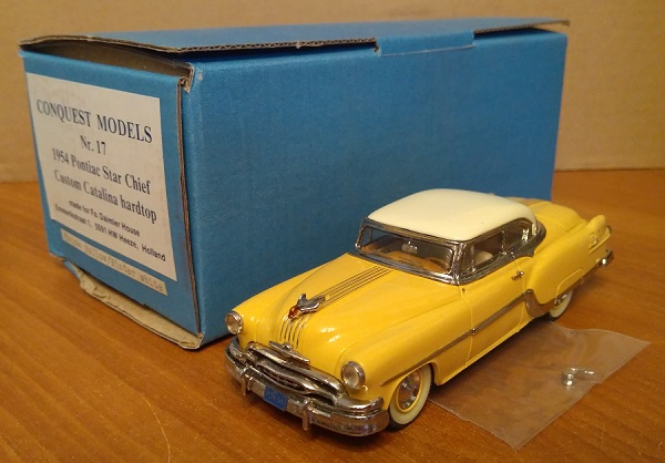 Модель 1:43 Pontiac Star Chief Custom Catalina hardtop