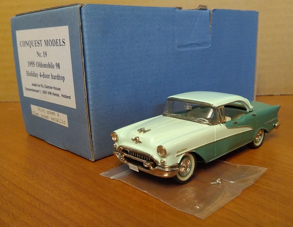 Модель 1:43 Oldsmobile 98 Holiday Hardtop 4-door - 2-tones green met
