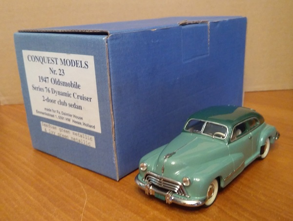 Модель 1:43 Oldsmobile Series 76 Dynamic Cruiser 2-door club sedan