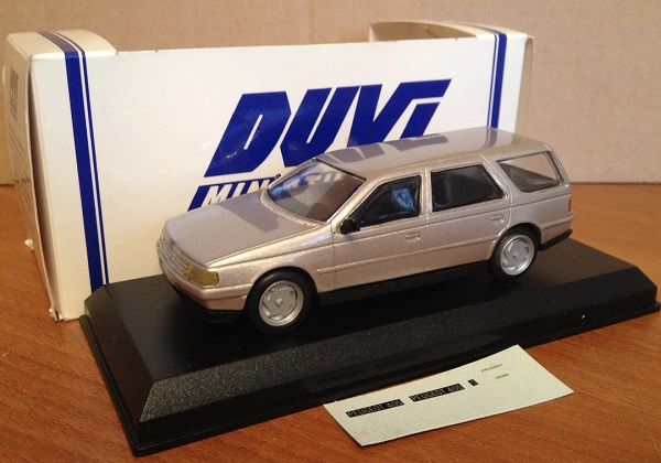 Модель 1:43 Peugeot 405 Station Wagon