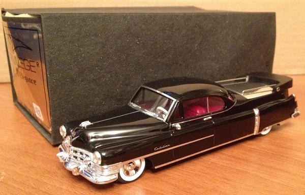 Модель 1:43 Cadillac Series 86 Flower Car (Funeral)