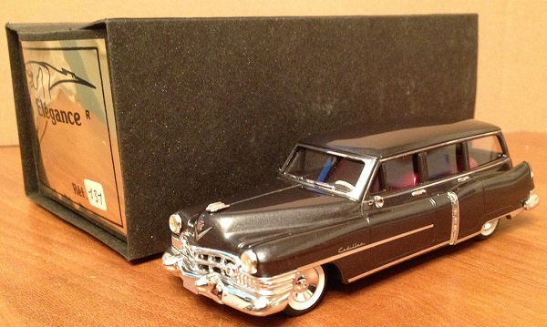 Модель 1:43 Cadillac serie 62 Station wagon par Coachcraft