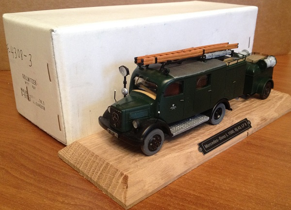 Модель 1:43 Mercedes-Benz L1500 LF8 Fire