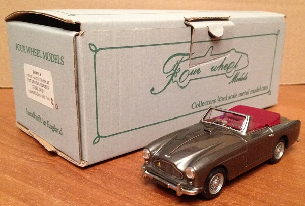 Модель 1:43 Aston Martin DB Mk III Drophead Open - Steel Dust (L.E 90/500)