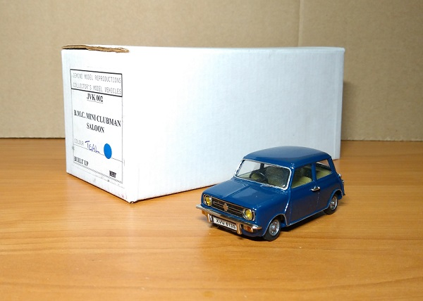 Модель 1:43 B.M.C. Mini Clubman Saloon