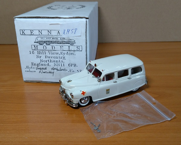 Модель 1:43 Standard Vanguard Ambulance - Norway