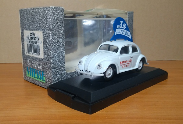 Модель 1:43 Volkswagen 1200 Beetle - 3 Million