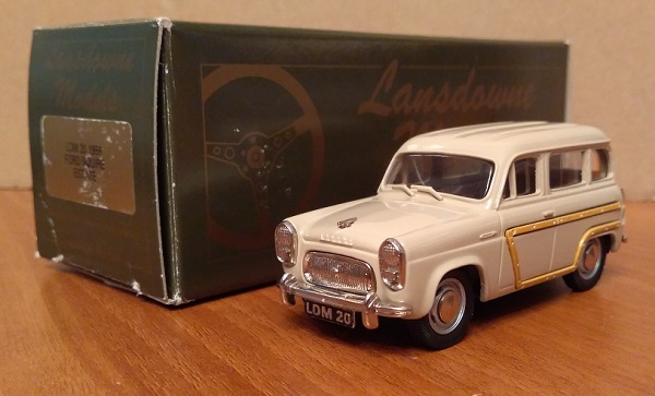 Модель 1:43 Ford Squire Estate