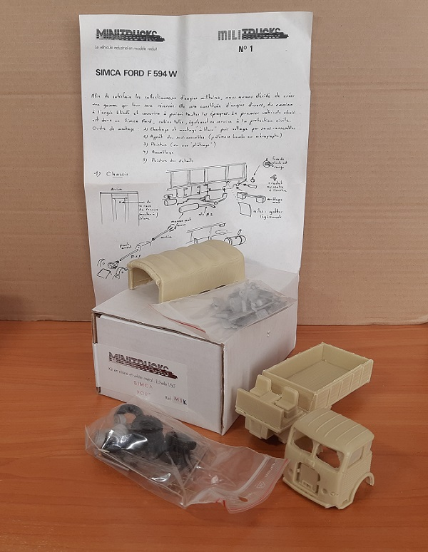 Модель 1:50 Simca Ford F594W (KIT)
