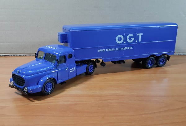 Модель 1:50 Willeme LC 610 TC Tracteur + Semi OGT