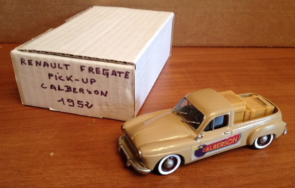 Модель 1:43 Renault Fregate pick-up calberson