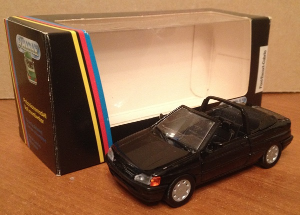 Модель 1:43 Ford ESCORT Cabrio BLACK