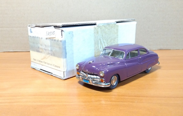 Модель 1:43 Mercury Coupe