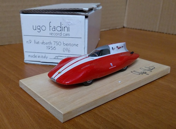 Модель 1:43 FIAT Abarth 750 BERTONE - red