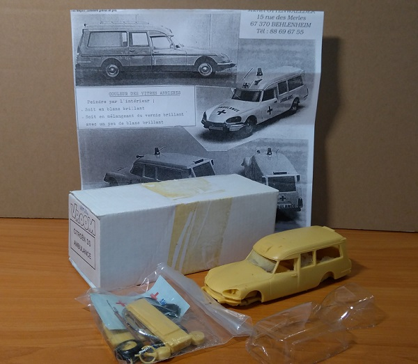 Модель 1:43 Citroen DS Ambulance (KIT)