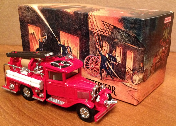 Модель 1:43 Ford AA Fire Engine
