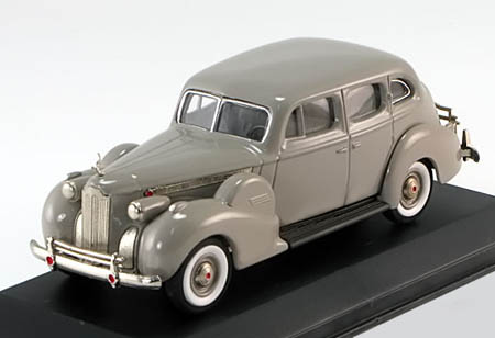 Модель 1:43 Packard Super 8 Sedan - grey