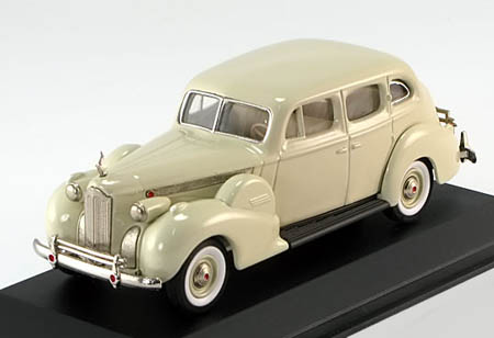 Модель 1:43 Packard Super 8 Sedan - cream