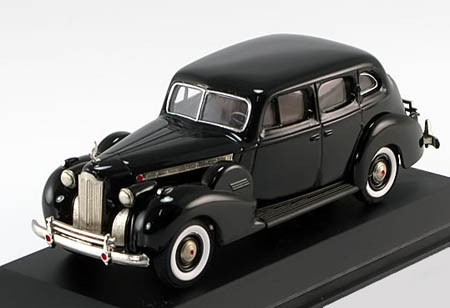Модель 1:43 Packard Super 8 Sedan - black