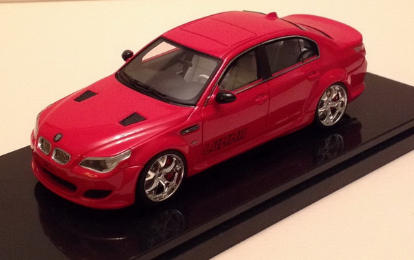 Модель 1:43 Lumma CLR 500 RS (BMW E60)