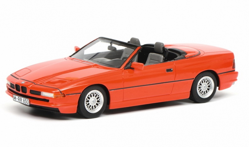 Модель 1:18 BMW 850i Cabriolet - red