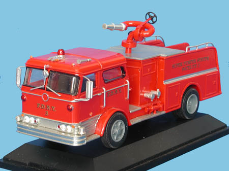 Модель 1:48 Mack Super Pumper Satelite Pump №3