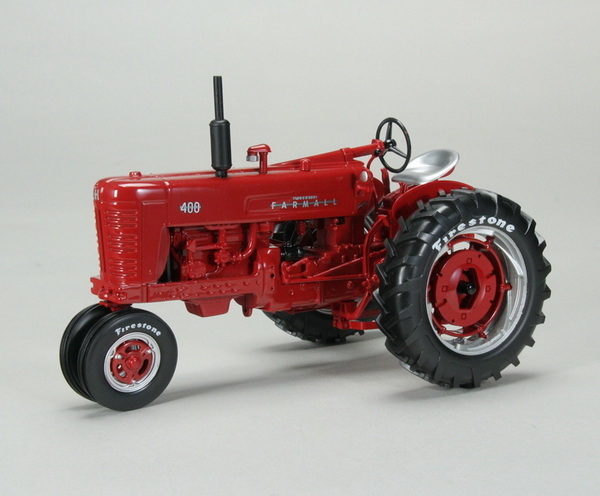 Модель 1:16 FARMALL 400 GAS NARROW FRONT TRACTOR W/FIRESTON​E TIRES