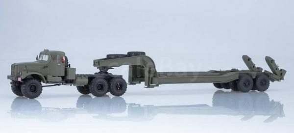 Модель 1:43 Diamond reo royale co8864d (седельный тягач