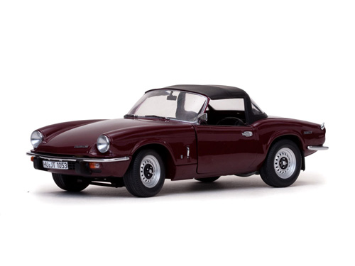 Модель 1:18 Triumph Spitfire MK IV Closed Convertible - Damson Red