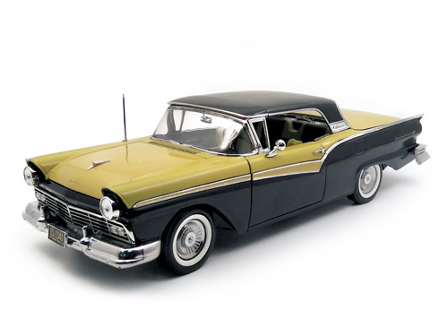 Модель 1:18 Ford Fairlane 500 Skyliner 1957 - Raven Black/Inca Gold