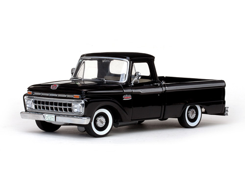 Модель 1:18 Ford F-100 Custom Cab Pickup - Raven Black