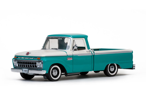 Модель 1:18 Ford F-100 Custom Cab Pickup - Wimbledon White/Holly Green