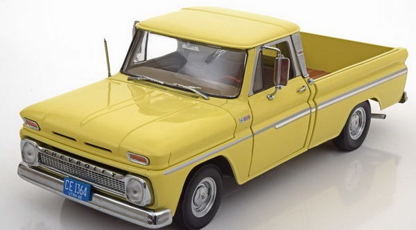 Модель 1:18 Chevrolet C10 Styleside Pickup - light yellow