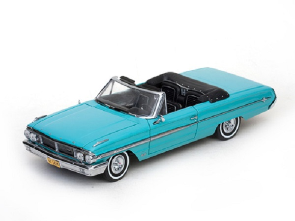 Модель 1:18 Ford Galaxie 500/XL Cabrio 1964 türkis