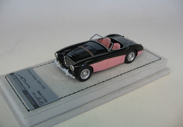 Модель 1:43 Austin Healey 100M Spider - black/pink(L.E.15pcs)